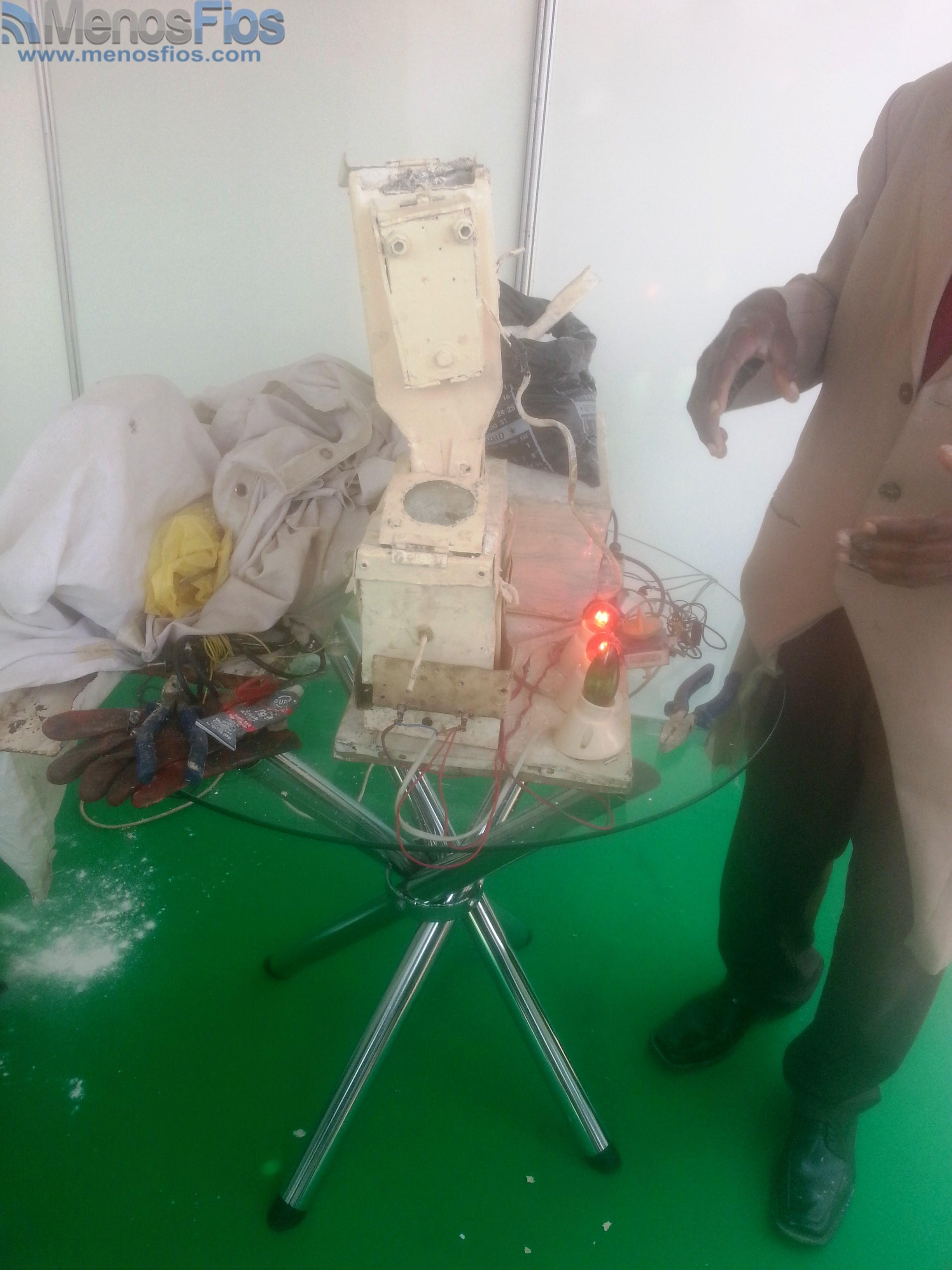 Adhesivo De Bicicletas ~ 5 u00aa Feira do inventor criador Angolano, com exibições de alto nível! Menos Fios
