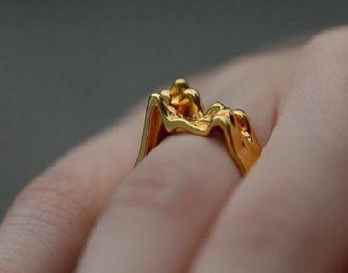 Conheça o Crafted By My Heart, aplicativo que transforma o batimento do coração em um anel