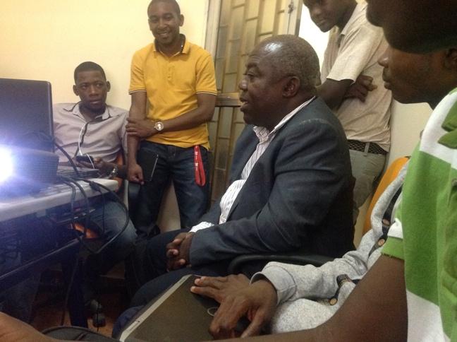 Dimonekene Ditutala, falando aos jovens empreendedores digitais
