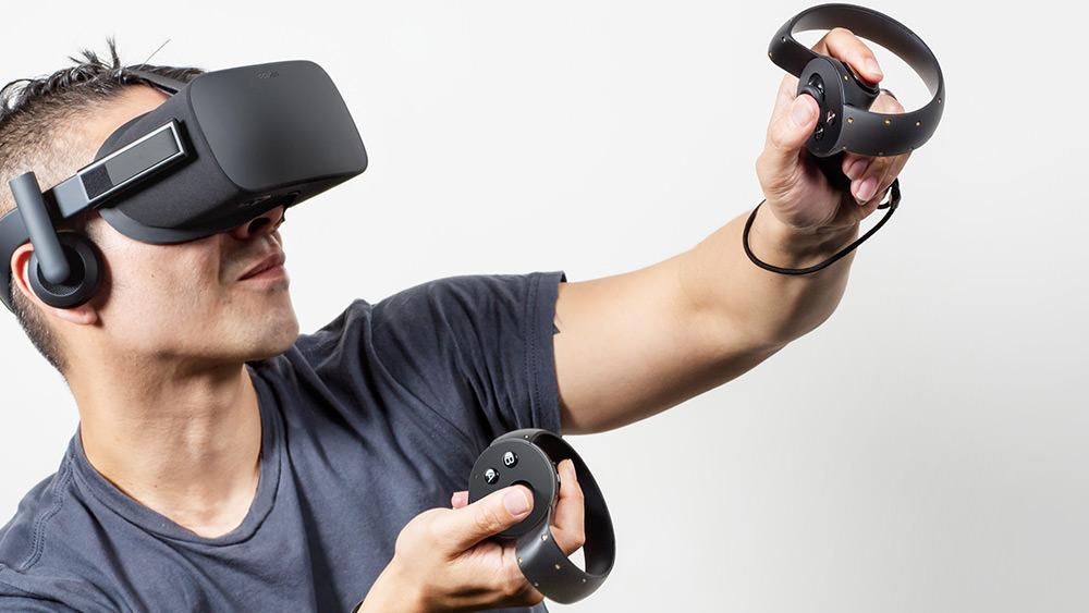 2015-06-12-oculus-rift-1