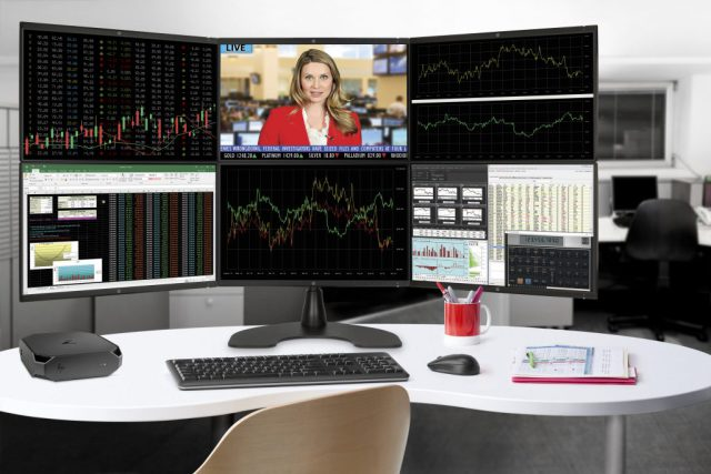 hp-z2-mini-with-hex-display-in-office-w-screens-fsi-me-healthcare-geo-1024x683