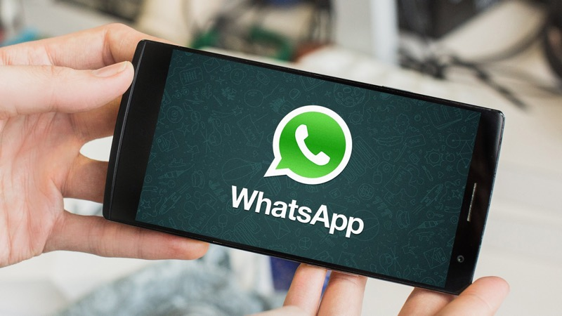 WhatsApp beats Facebook as the most popular app   Less wires